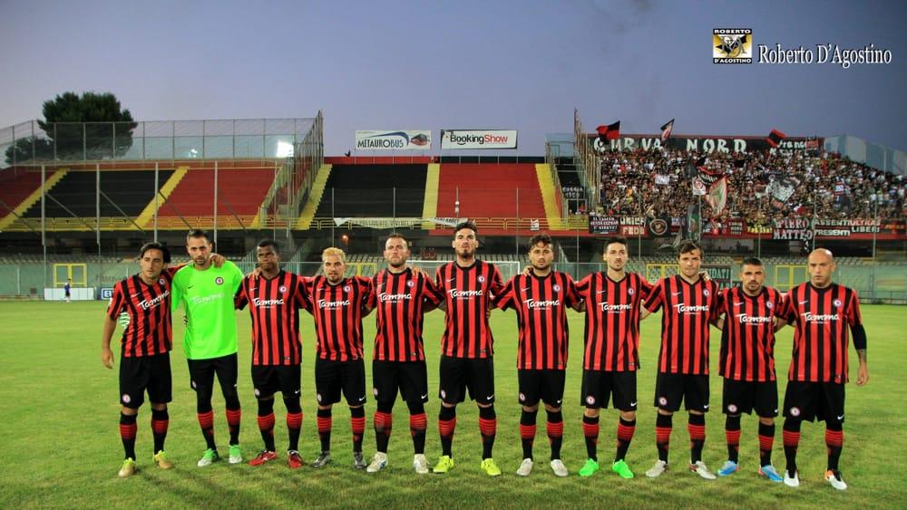 Calendario Lega Pro Foggia.Lega Pro 2016 17 I Calendari Per Il Foggia Esordio Con La