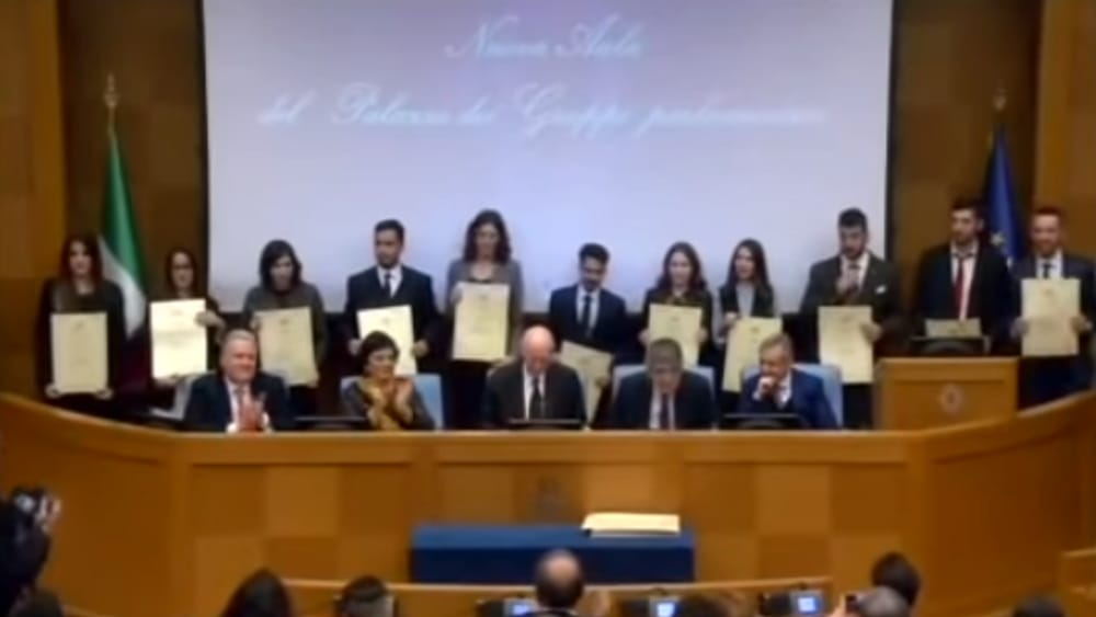 Universit di foggia quattro studenti premiati alla for Camera deputati web